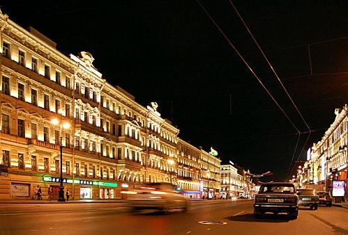 st Pétersbourg balade le soir et p'tite vodka.-copie-1