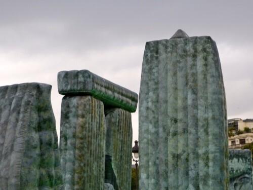 Fiac Invalides Deller sacrilege Stonehenge 40999
