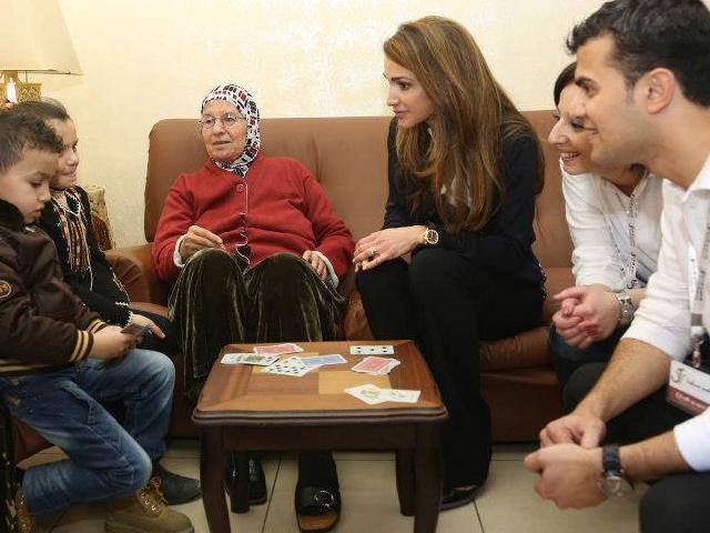 Rania et les anciens