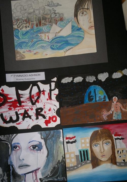 Dimanche 21 août,la collection des peintures des élèves des écoles de l'Attique entâme sa tournée bretonne lors de la Fête de l'Isole à Scaër