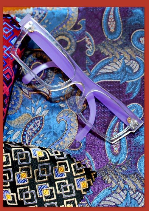 des lunettes cristal et mauve pour homme