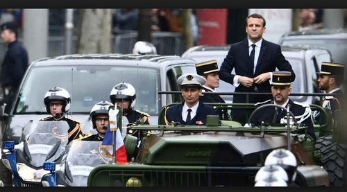 Macron prépare l'abominable guerre contre la Syrie, voici des preuves