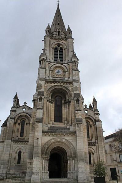 Angoulême 2 église st martial