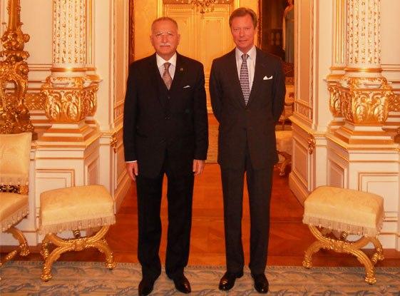 Le grand duc et le prof