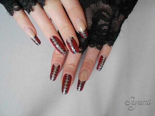 Nail Art Corset Gothique