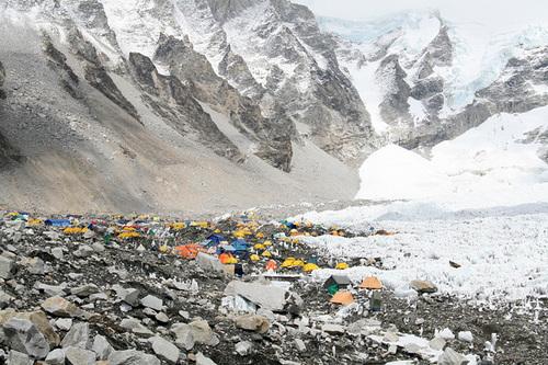 L'Everest, le plus haut tas d'ordures de la planète
