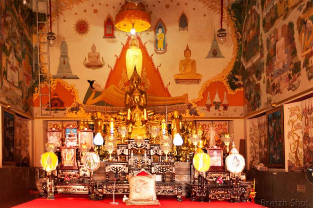 Wat Benchama Bophit