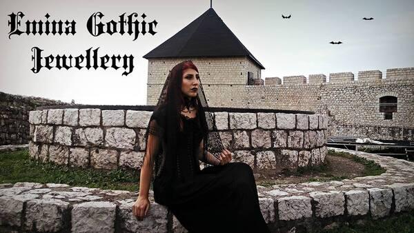 Emina Gothic Jewellery, créatrice