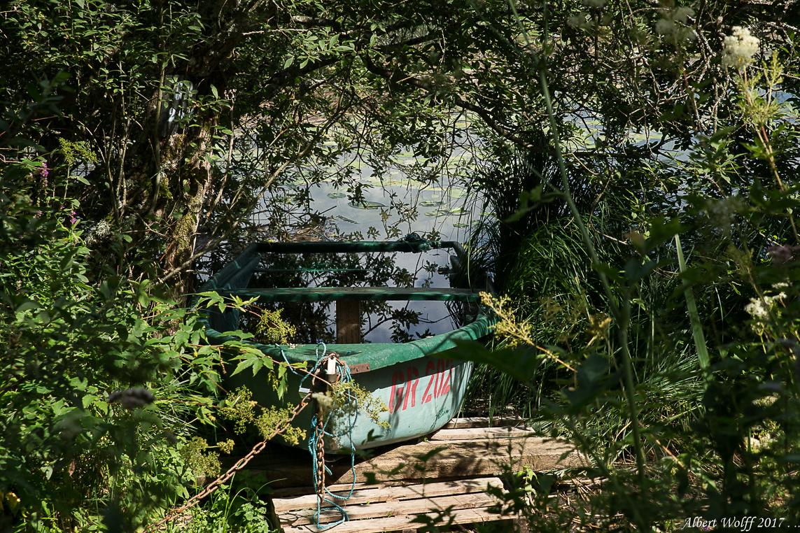 Saint Point et ses barques.