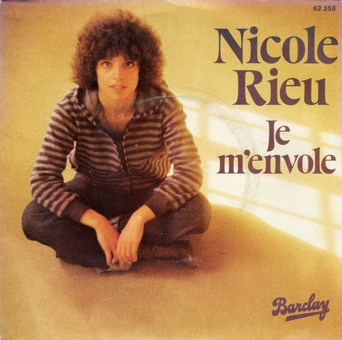 Nicole 01