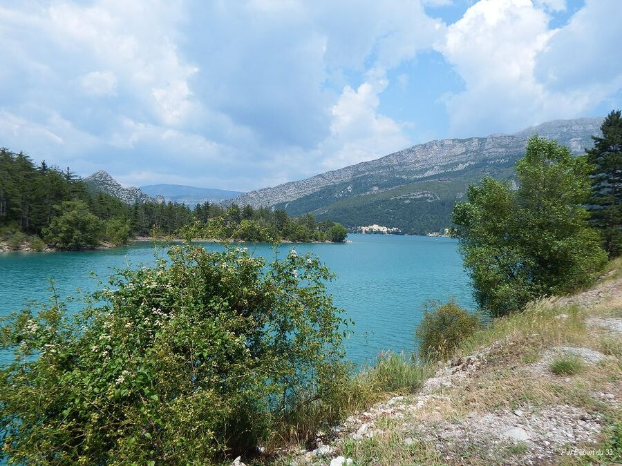 Le lac de Castillon-demandolx dept 04
