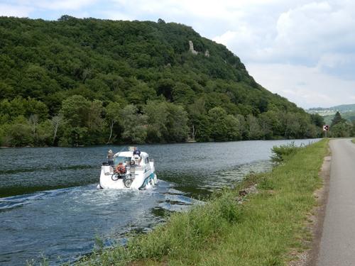 Au fil du Doubs sur l'Eurovélo 6