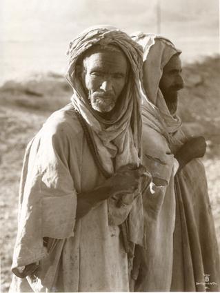 Bédouins Tunisiens. 1910
