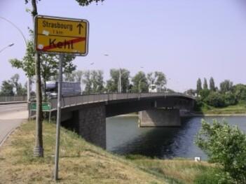 121-Pont de l'Europe
