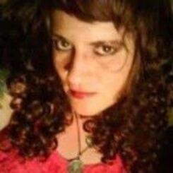 L'auteure ISMÈNE TOUSSAINT honorée dans un ouvrage D'ALEXANDRIA ANTHONY