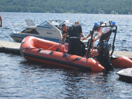 Photos:  Bénédiction du bateau de sauvetage des pompiers de Lambton