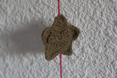 Mylène - Déco Noël : Guirlandes d'étoiles au crochet