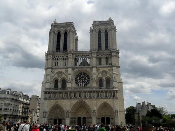 08 - Notre-Dame