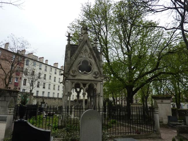 Paris - Le père Lachaise -2-