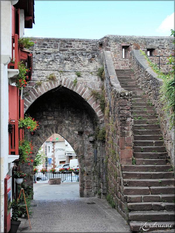 La porte de Navarre Saint Jean Pied de Port