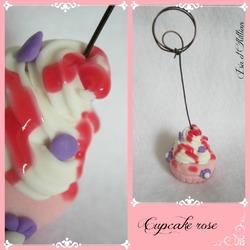 Un cupcake en porcelaine froide....