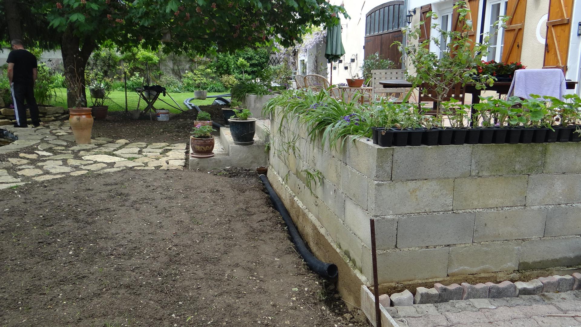 Drainage Autour Du Trottoir Et Terrasse