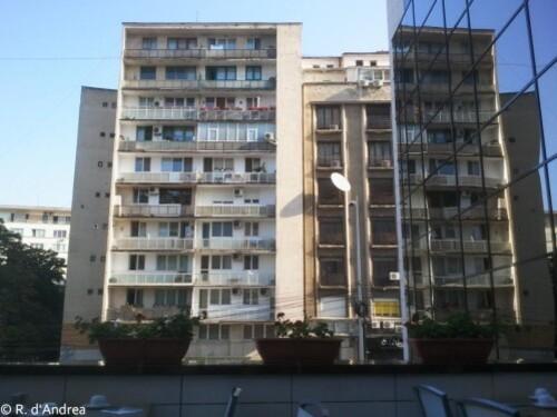 Bucarest plein centre, les balles de la Révolution