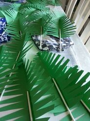 Make paper palm leaves to teach 'triumphal entry' lesson.: