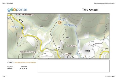 — Situation de la résurgence du trou Arnaud - Géoportail - image / photo pouvant être protégée par Copyright ou autre —-