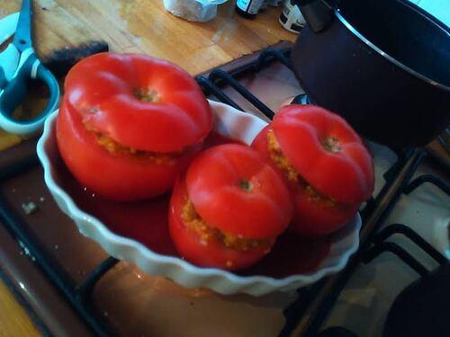 Tomates farcie au quinoa et aubergines {Vegan}