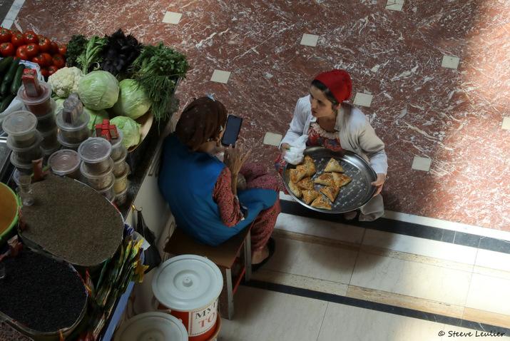 Le marché couvert de Douchanbé, Tadjikistan