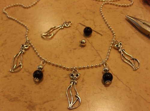 Exposition de mes bijoux aux caves St Roch à Rochecorbon