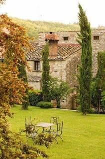 Maison et jardin.