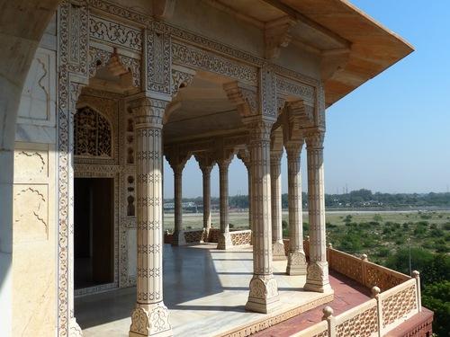 le fort rouge à Agra; l'intérieur;