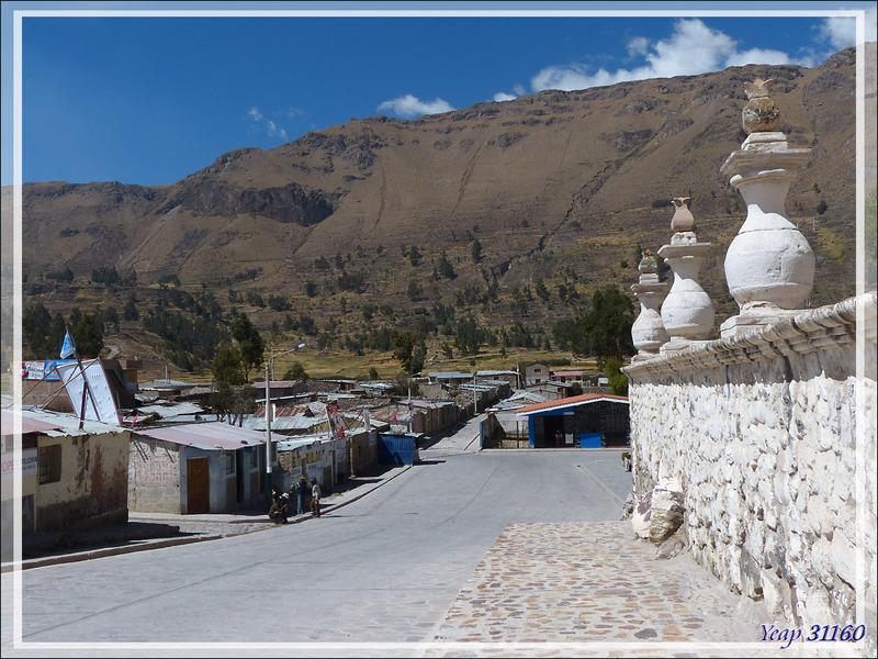 """Escale """"technique"""" à Achoma (Maca) pour notre guide - Canyon de Colca - Pérou"""