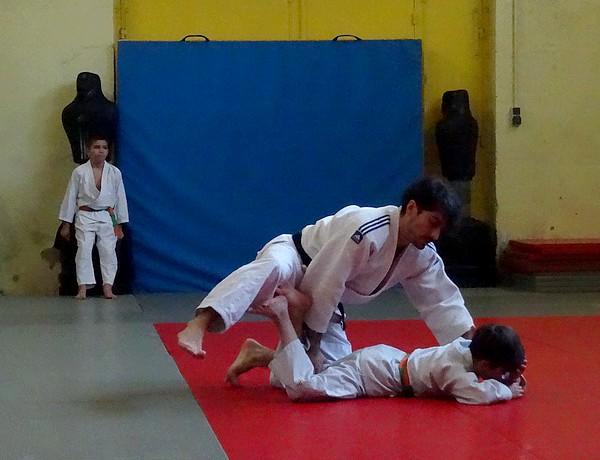 Les jeunes judokas du judo-Club Châtillonnais se sont entraînés...avec leurs parents !