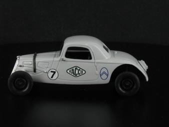 La petite rosalie 8 CV Citroën