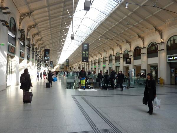 27 - La gare Saint-Lazare verrière