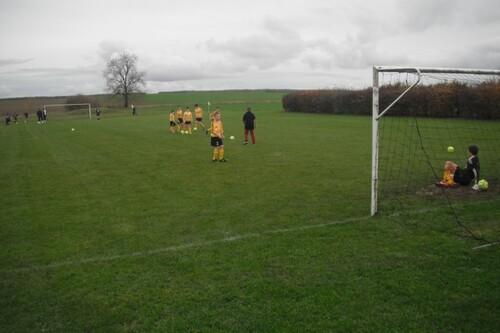 match de foot à Montigny sur Aube