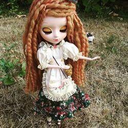 Nouvelle doll