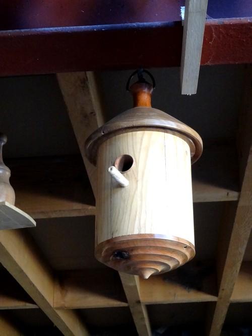 Dans l'atelier de Jean Glace, tourneur sur bois exceptionnel...