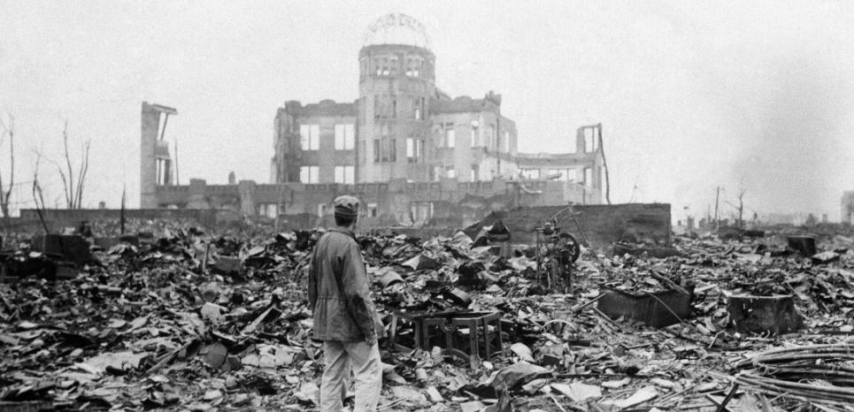 Le fameux dôme d'acier d'Hiroshima, seule structure à avoir résisté à l'explosion du 6 août 1945 qui ravagea la ville et quelque 70.000 habitants en quelques secondes. ©Stanley Troutman/AP/SIPA
