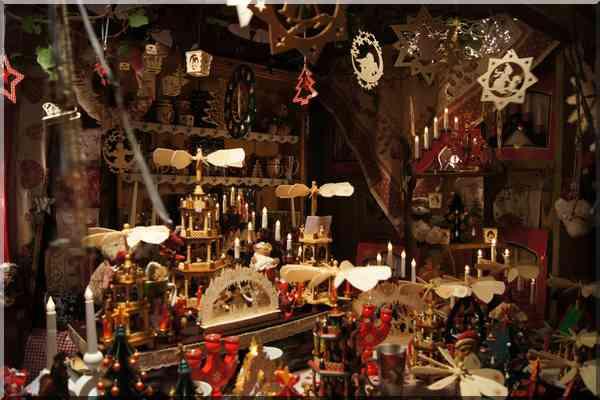 Noël marché de Noël en Alsace décorations traditionnelles