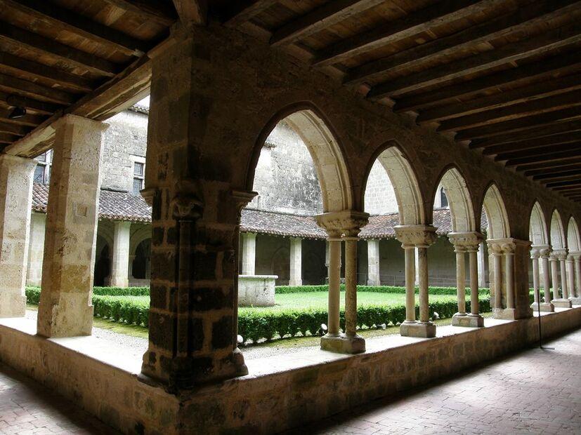 32 - Valence-sur-Baïse - abbaye de Flaran - 03.JPG