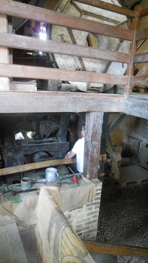 Le moulin du Vanneau à Saint-en-Puisaye (89)