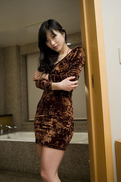 Digital Photobooks : ( [各駅停車人妻紀行] - Mitsu Dan/壇蜜 : 〔また逢えますか〕 )