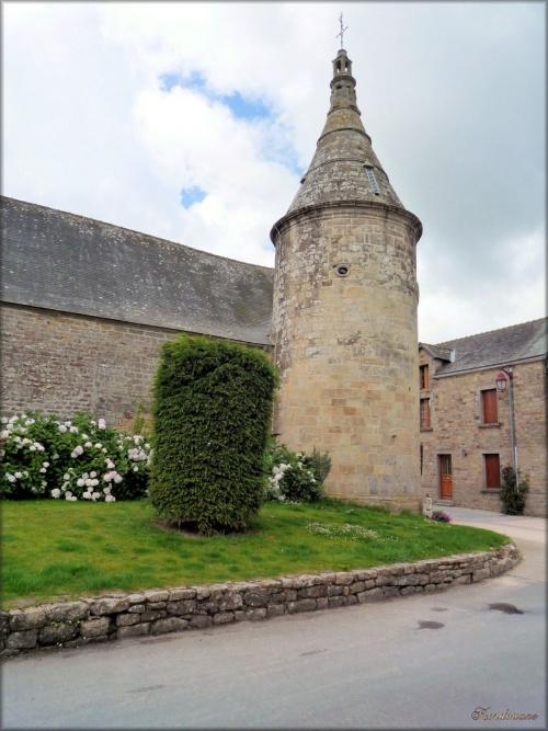 Photo de l'église Saint Jean Baptiste de Le Guerno