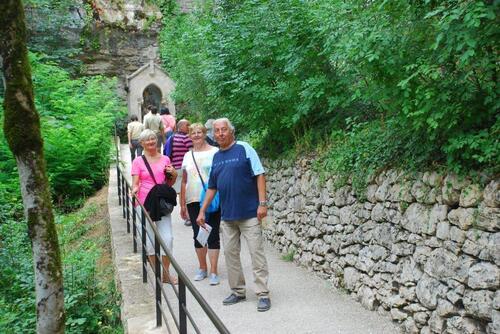 Dans la descente du chemin de croix