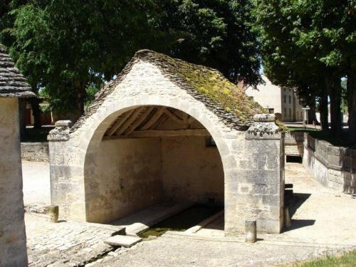 Lavoir de Fontaine-en-Duesmois