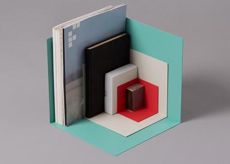 http://etapes.com/system/39421/large/des-etageres-modulables-pour-ranger-les-petites-choses.jpg